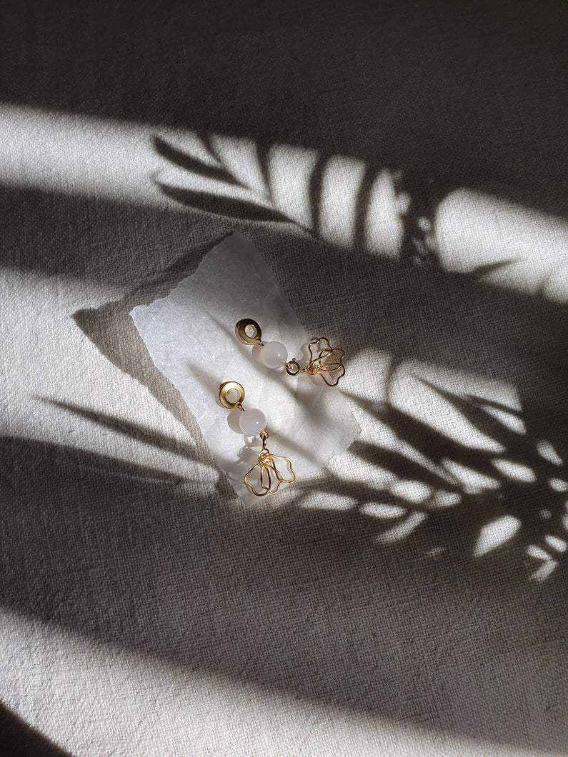 HELEN + ELLUM earrings