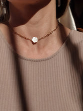 Load image into Gallery viewer, ELORA necklace