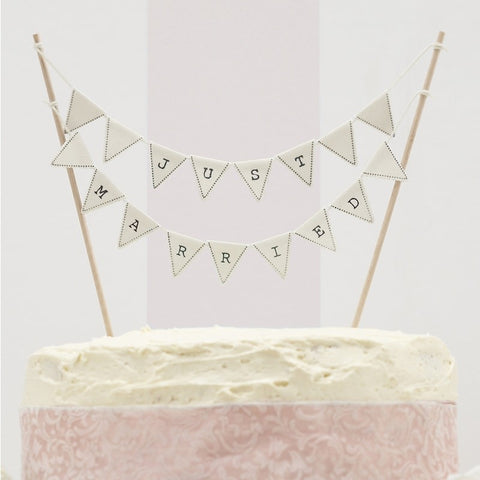 Just Married Cake Bunting - Ivory