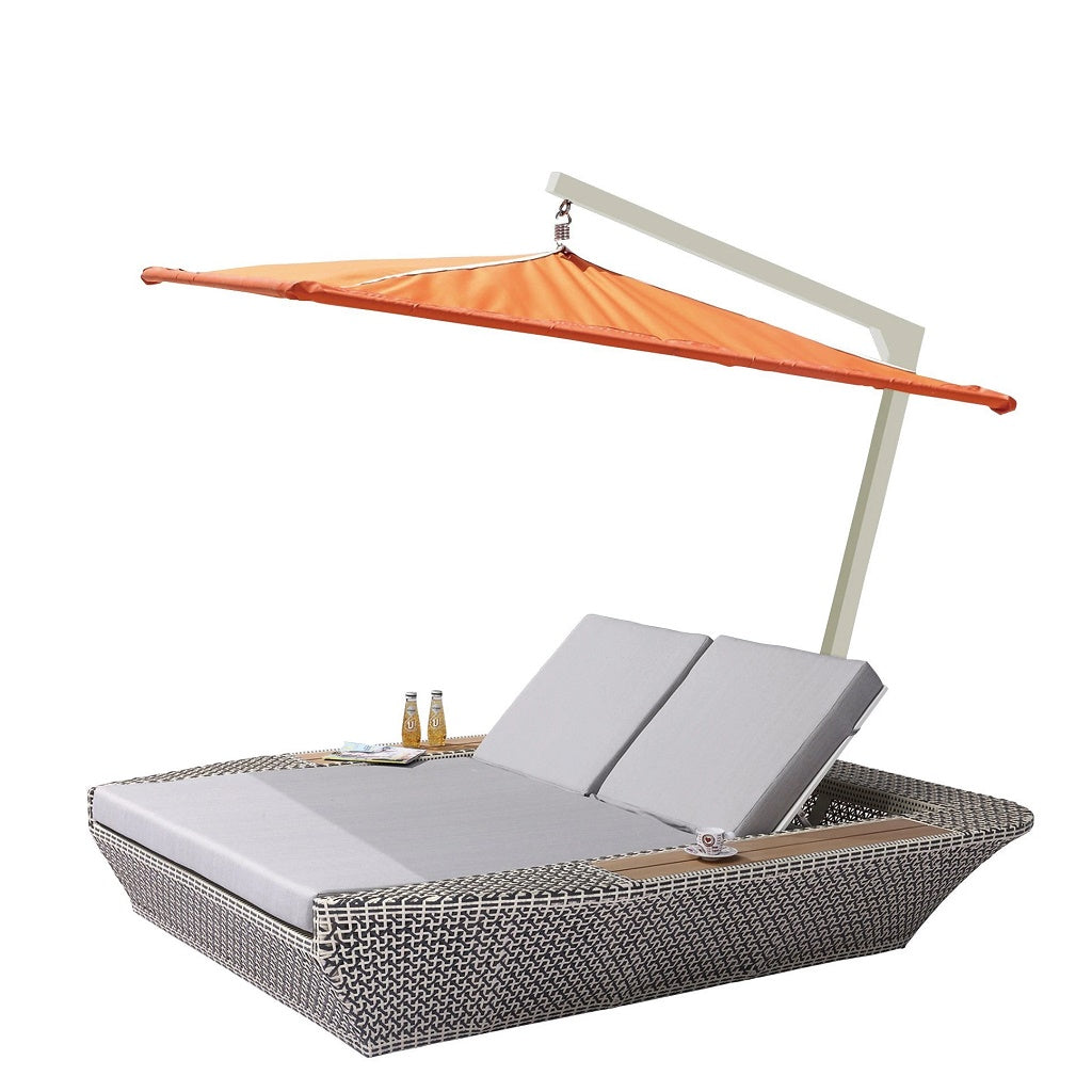 Evian Beach Bed Double with Shade
