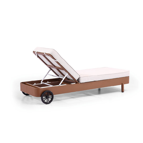 Manis Beach Bed With Coffee Table