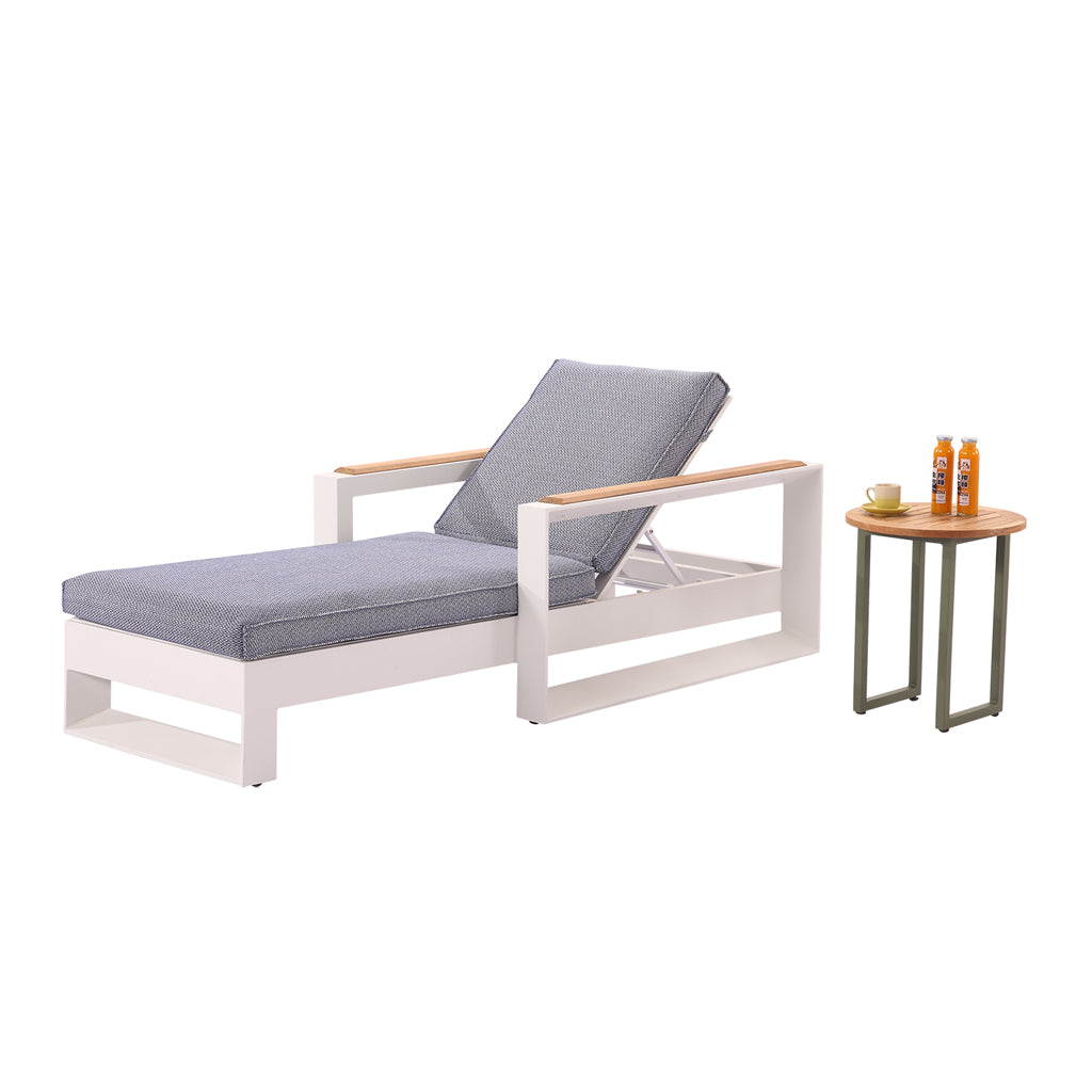 Burano Beach Bed With Coffee Table