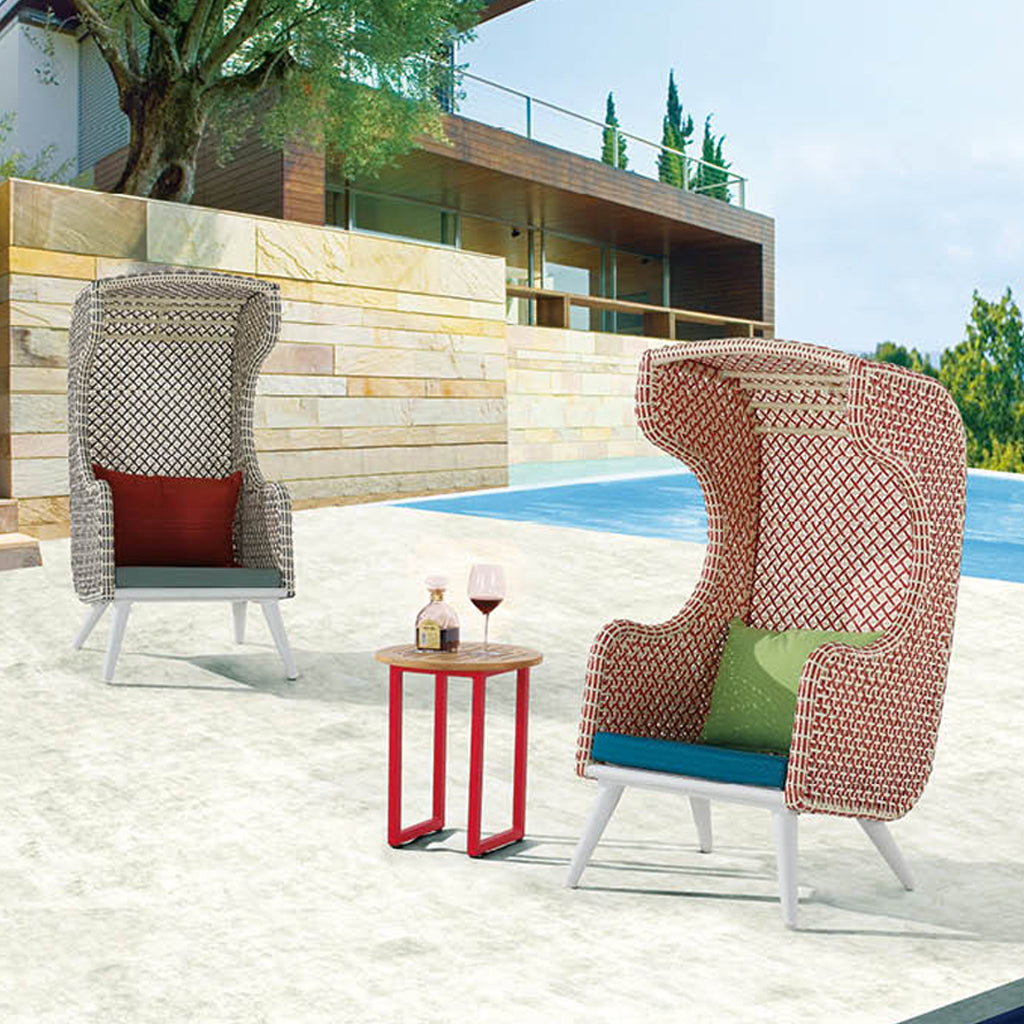 Evian High Back Club Chair With Coffee Table