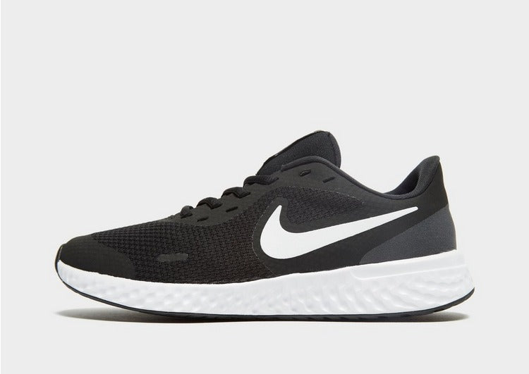 Nike Revolution 5 Mens Shoe