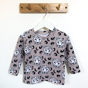 Grey Leopard head Long Sleeve Top