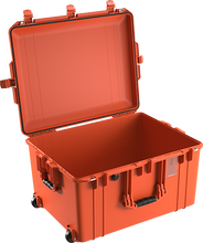 Load image into Gallery viewer, Pelican 1637 Air Case