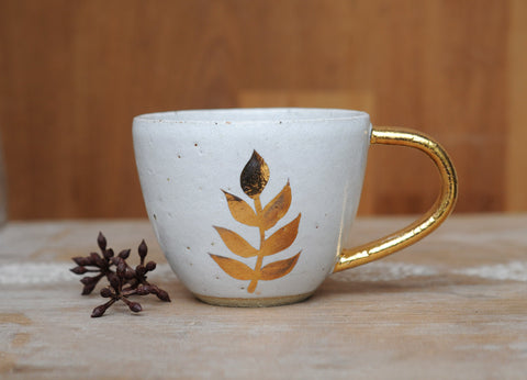 GOLDEN LEAF MUG - WHITE GLAZE
