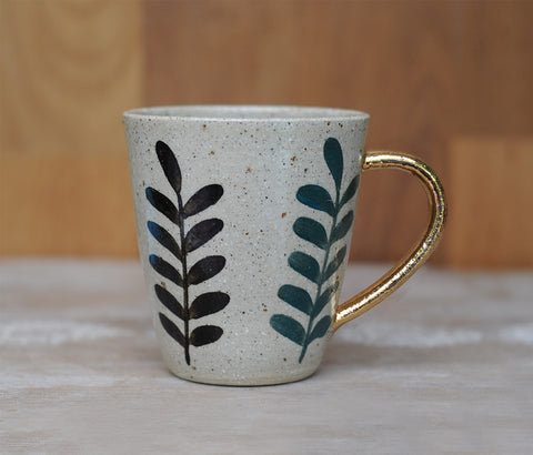 FOREST DWELLER MUG - SANDY CLAY - GOLD HANDLE