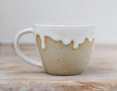SEAFOAM CUP - SANDY CLAY - WHITE DRIBBLE GLAZE