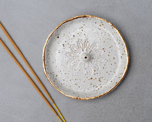 SUN MANDALA INCENSE HOLDER - SPECKLED CLAY - WHITE GLAZE