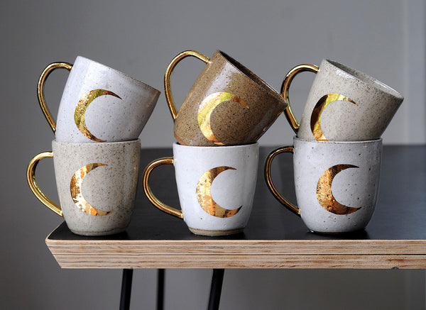 CRESCENT MOON MUG - COPPER - CHOCOLATE CLAY - WHITE GLAZE