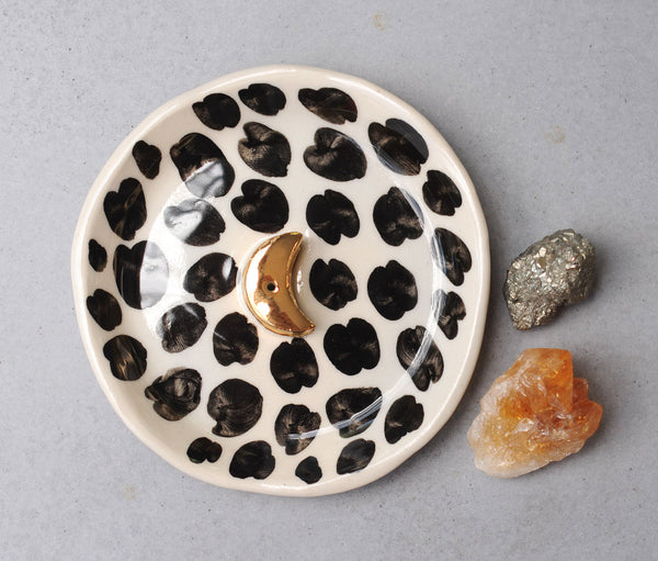 CHEETAH GOLD MOON INCENSE HOLDER - CLEAR GLAZE - WHITE CLAY