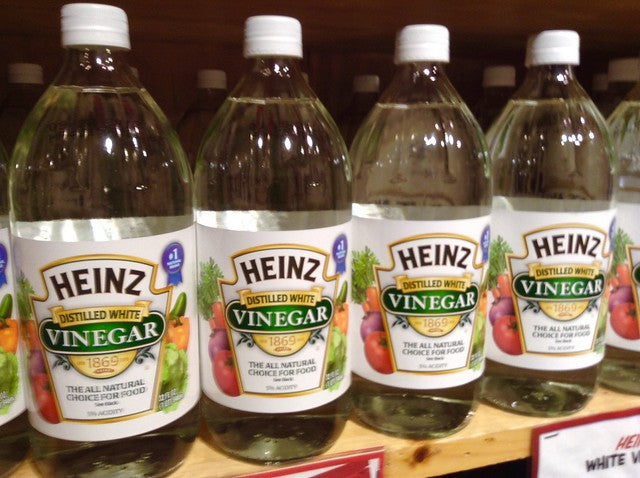 an array of Heinz white vinegar | whiten clothes without bleach