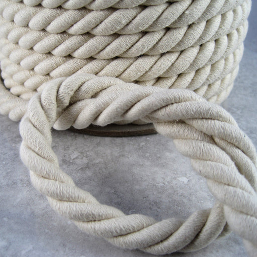 Natural cotton twisted cord.