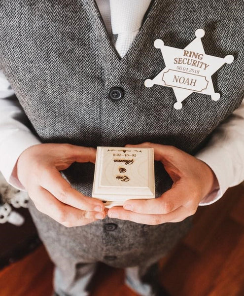 Wedding Signs, Keepsakes and Decor Ideas