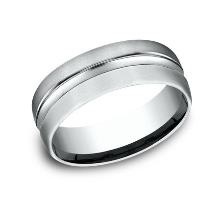 Benchmark 14K Carved Men's Band