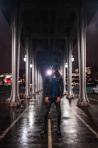 man portrait Bir Hakeim bridge