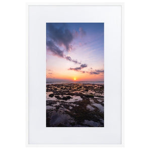 BALI BEACH SUNSET Posters 24in x 36in (61cm x 91cm) / Europe only - White frame with mat - Thibault Abraham