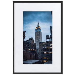 EMPIRE STATE Prints 24in x 36in (61cm x 91cm) / Europe only - Black frame with mat - Thibault Abraham
