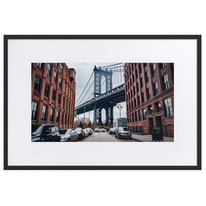 MANHATTAN BRIDGE Posters 24in x 36in (61cm x 91cm) / Europe only - Black framed with mat - Thibault Abraham