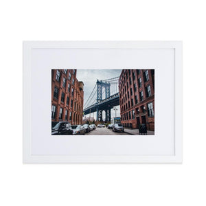 MANHATTAN BRIDGE Posters 12in x 18in (30cm x 45cm) / Europe only - White framed with mat - Thibault Abraham