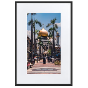 MASJID SULTAN Prints 24in x 36in (61cm x 91cm) / Europe only - Black frame with mat - Thibault Abraham