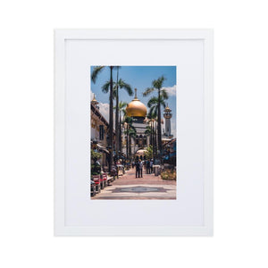 MASJID SULTAN Posters 12in x 18in (30cm x 45cm) / Europe only - White frame with mat - Thibault Abraham