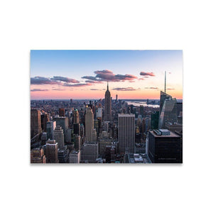 TOP OF THE ROCK Affiches 18in x 24in (45cm x 61cm) / Non encadré - Thibault Abraham