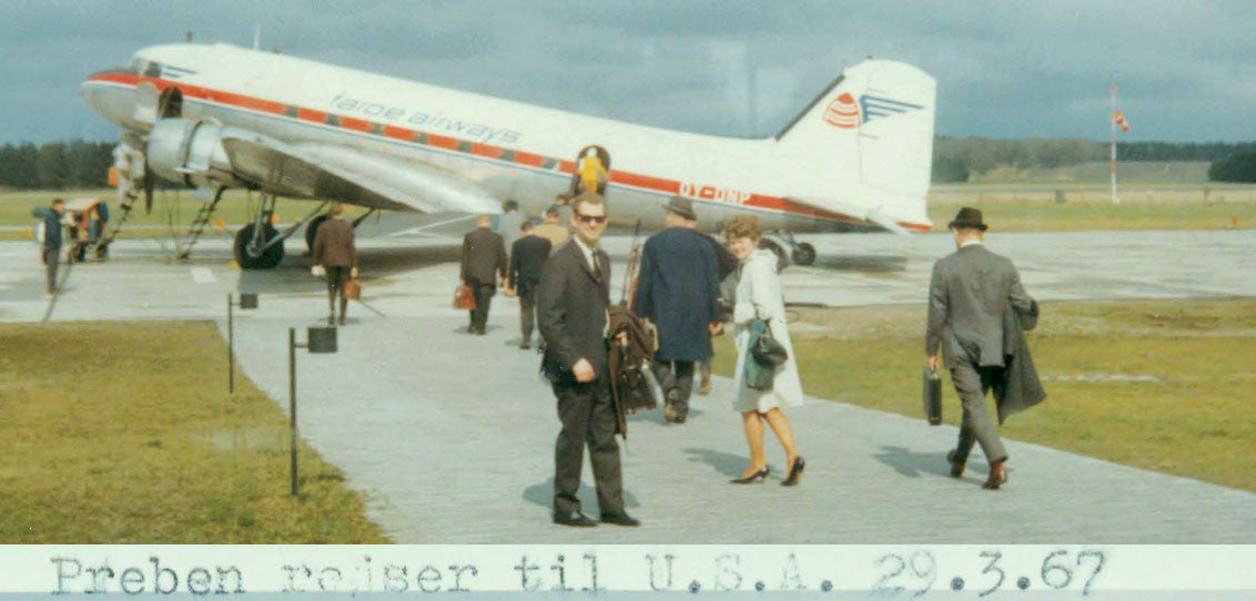 Preben and Lis boarding a plane in 1967
