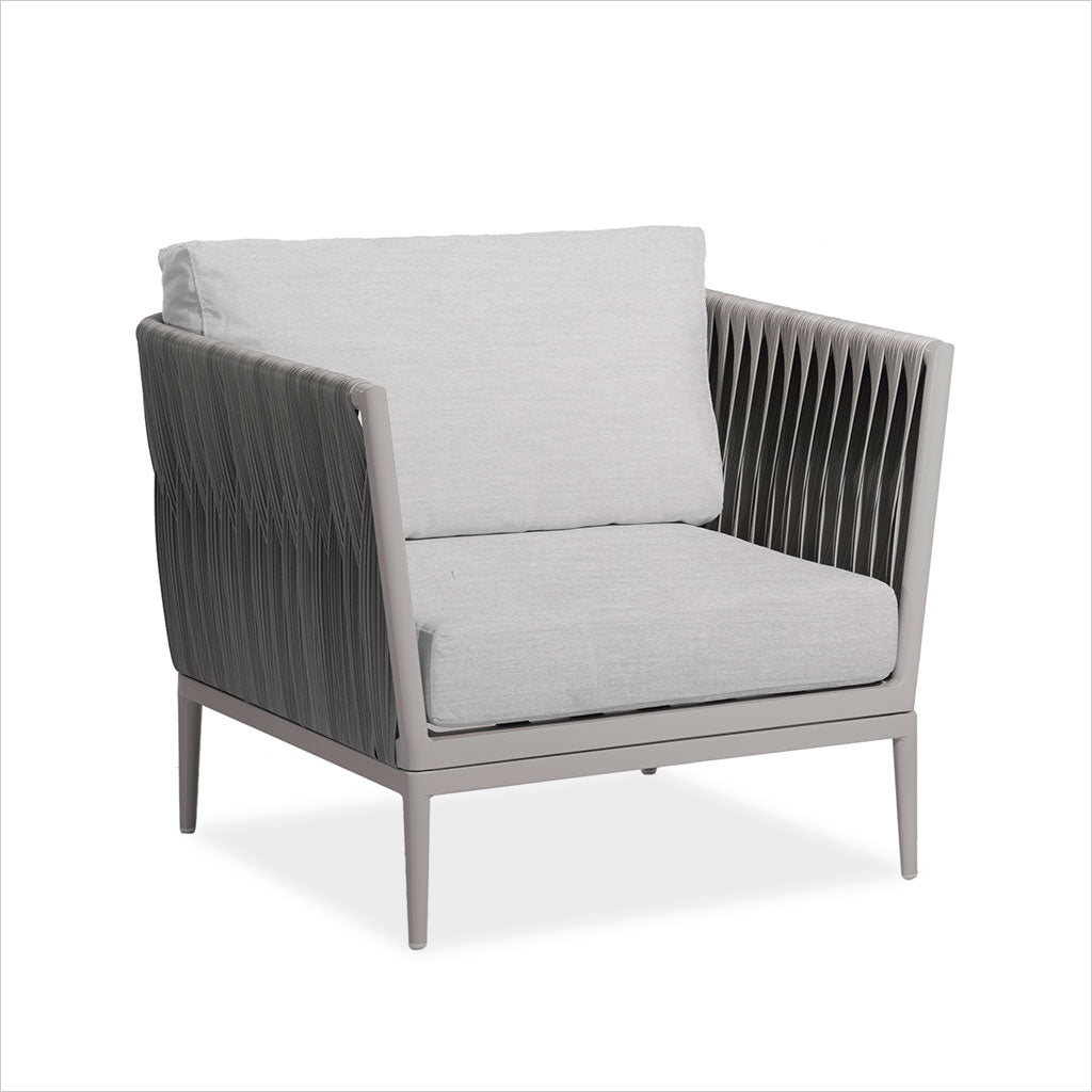 outdoor accent chair with weave