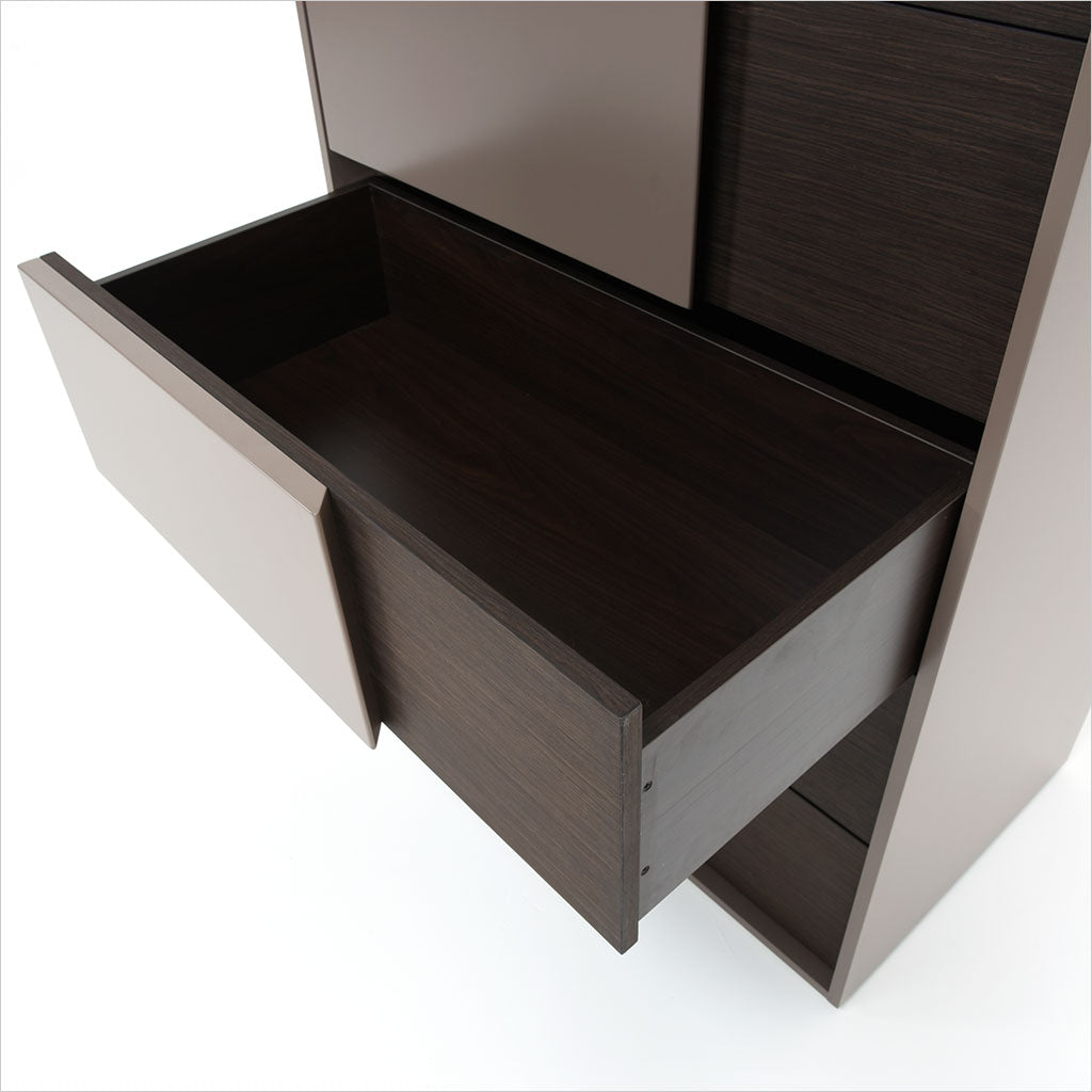 high chest in satin gloss finish