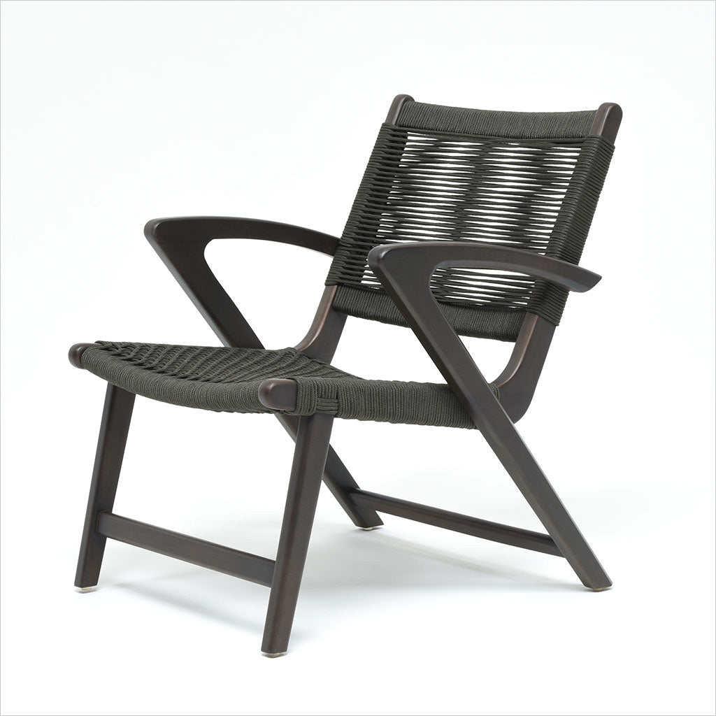 outdoor accent chair with rope seat and back