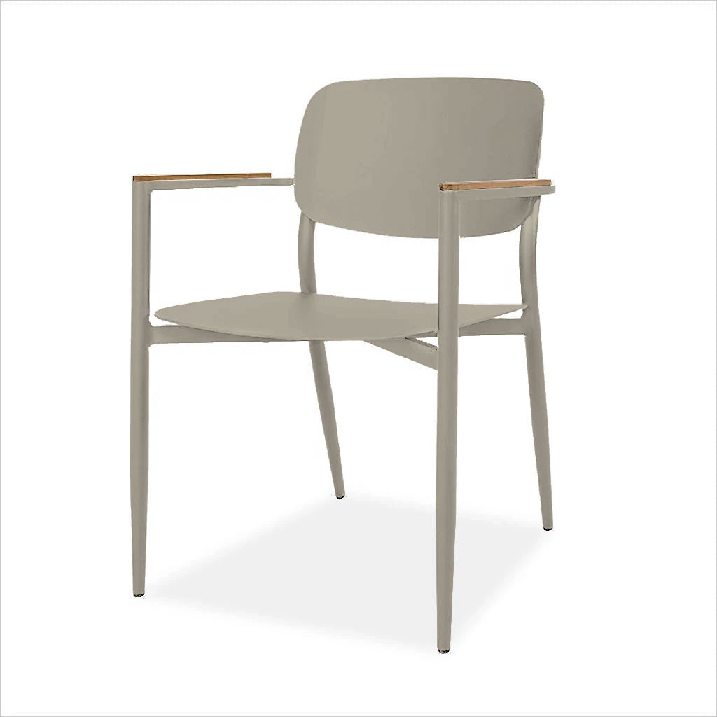 powder-coated aluminum chair with teak arm rests for outdoor