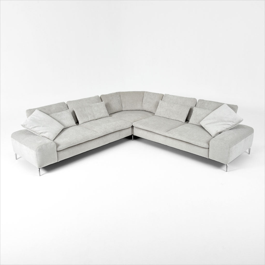 fabric sectional with pillows