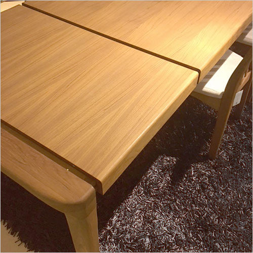 FS18 Dining Table