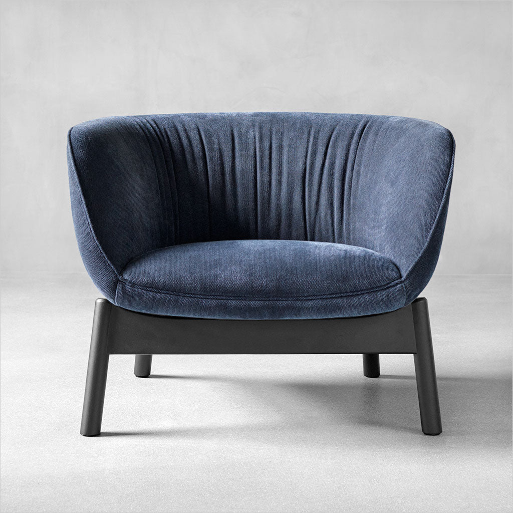Picture of: Accent Chairs Tagged Fabric Scan Design Modern And Contemporary Furniture Store