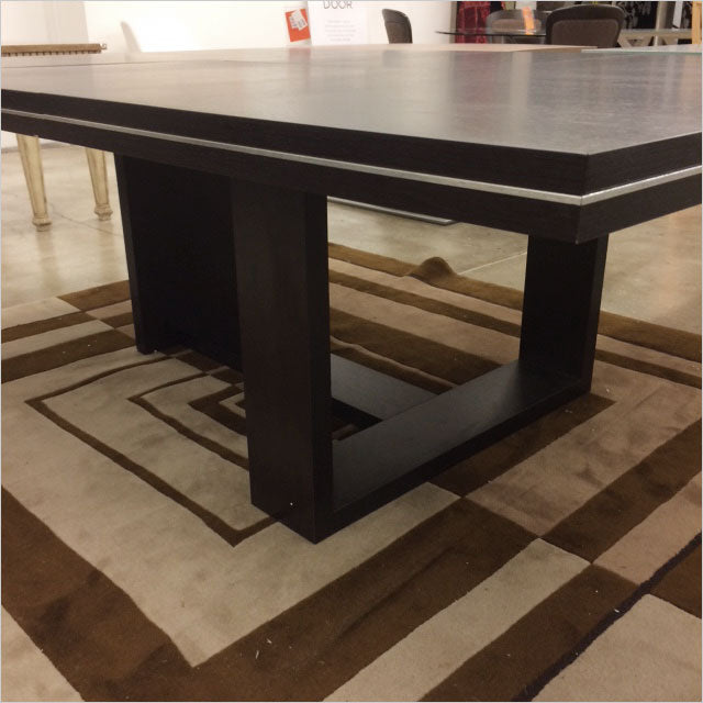 square dining table with extension leaves