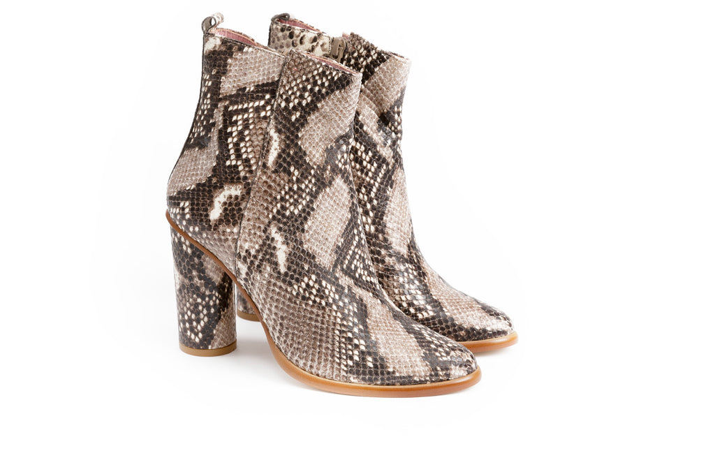 Bottines en cuir impression python