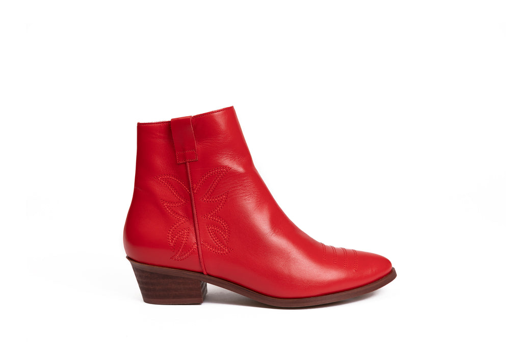 Bottines plates en cuir rouge