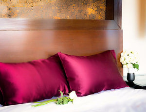 Two Mulberry silk pillowcase, burgundy color