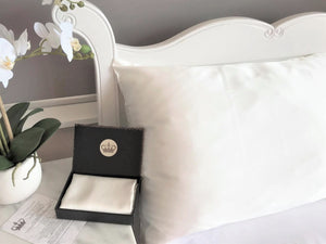 30 Momme Silk Pillowcase Made in New Zealand - ELITE SILK NEW ZEALAND
