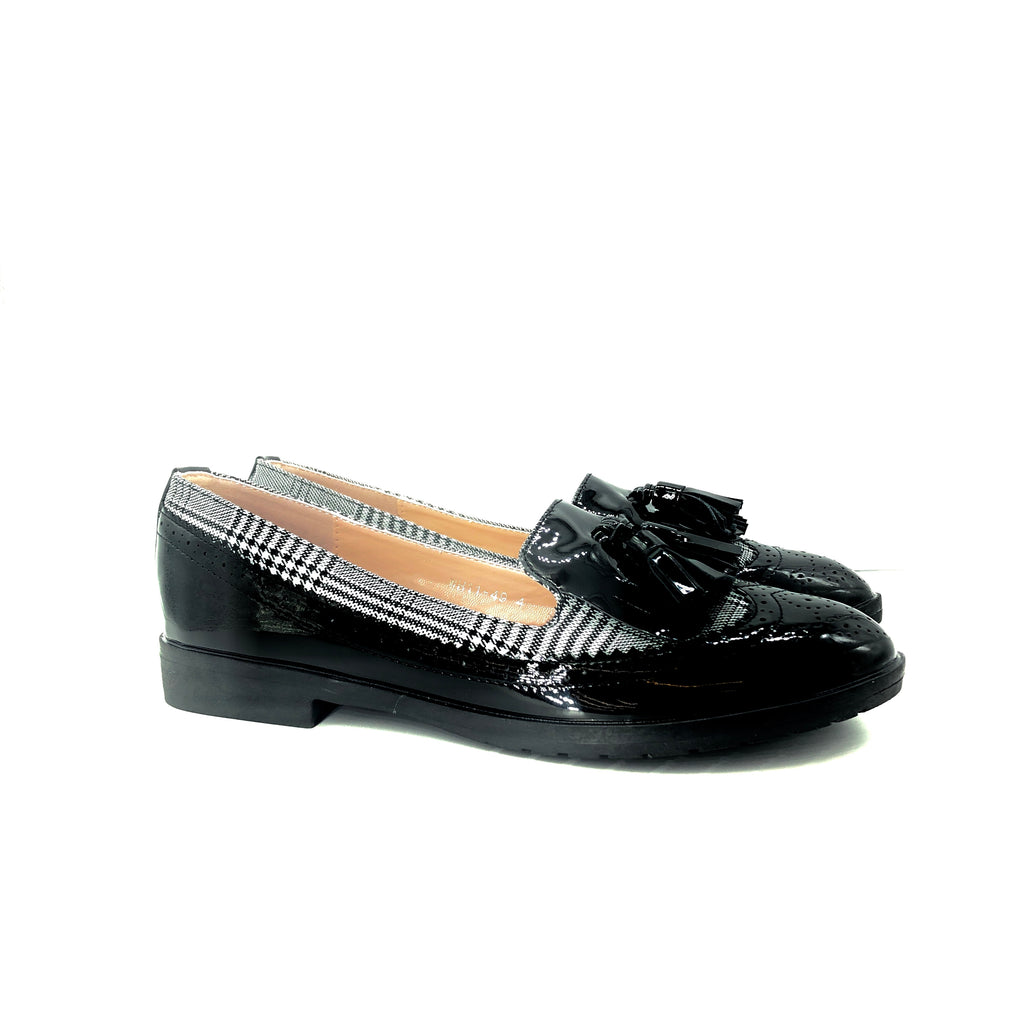 WH11-49 Loafer - Black