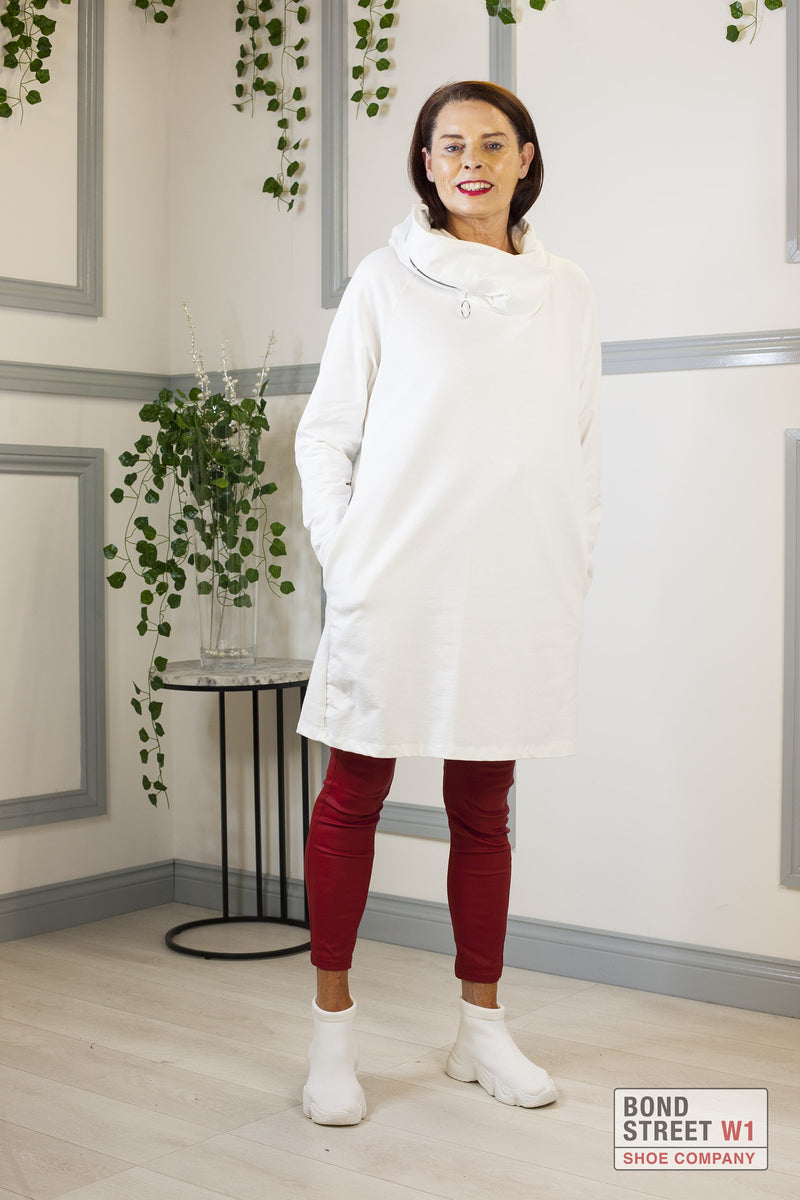 Elisa Scoop Neck Zip Sweat White