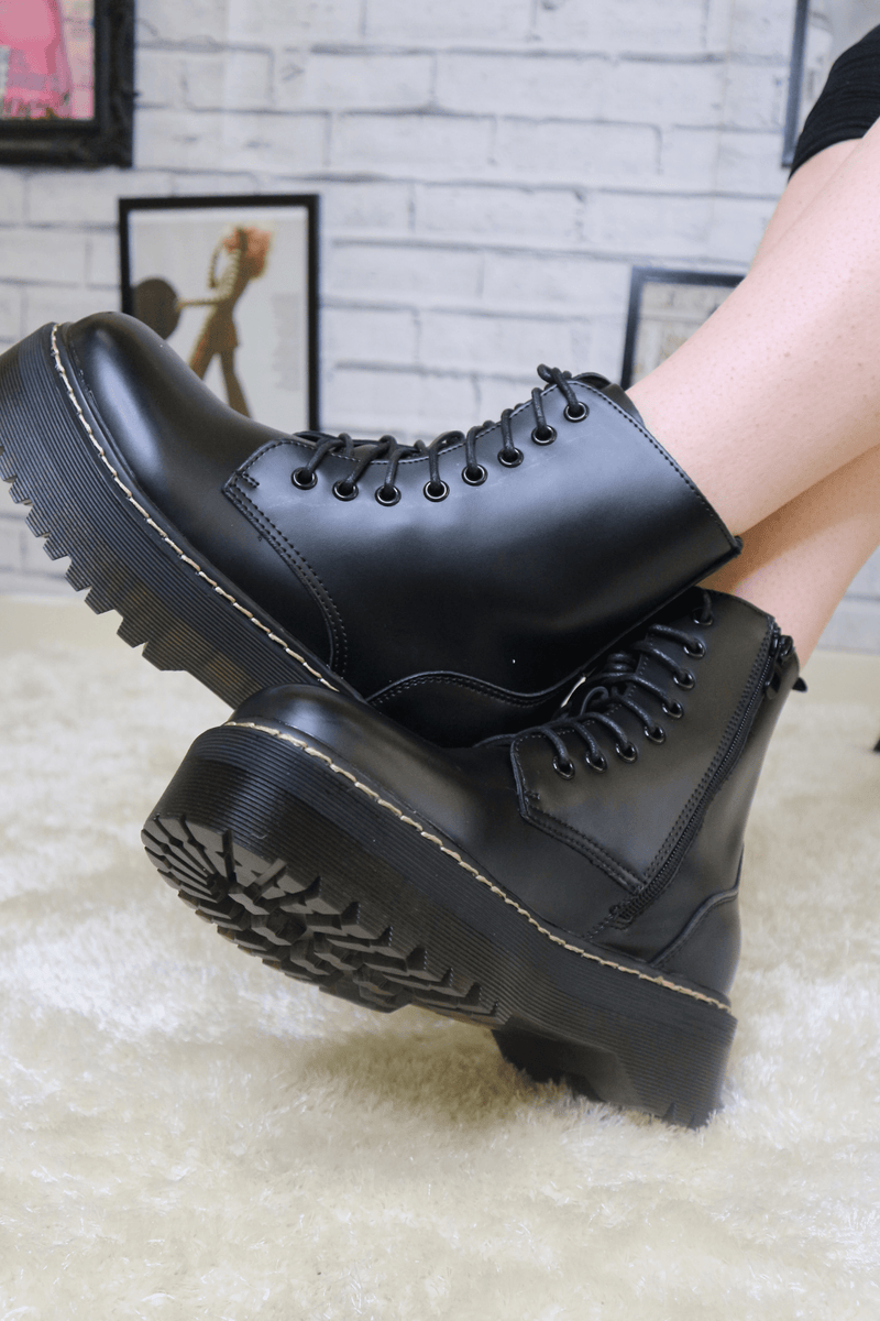 Black pu faux leather chunky boot
