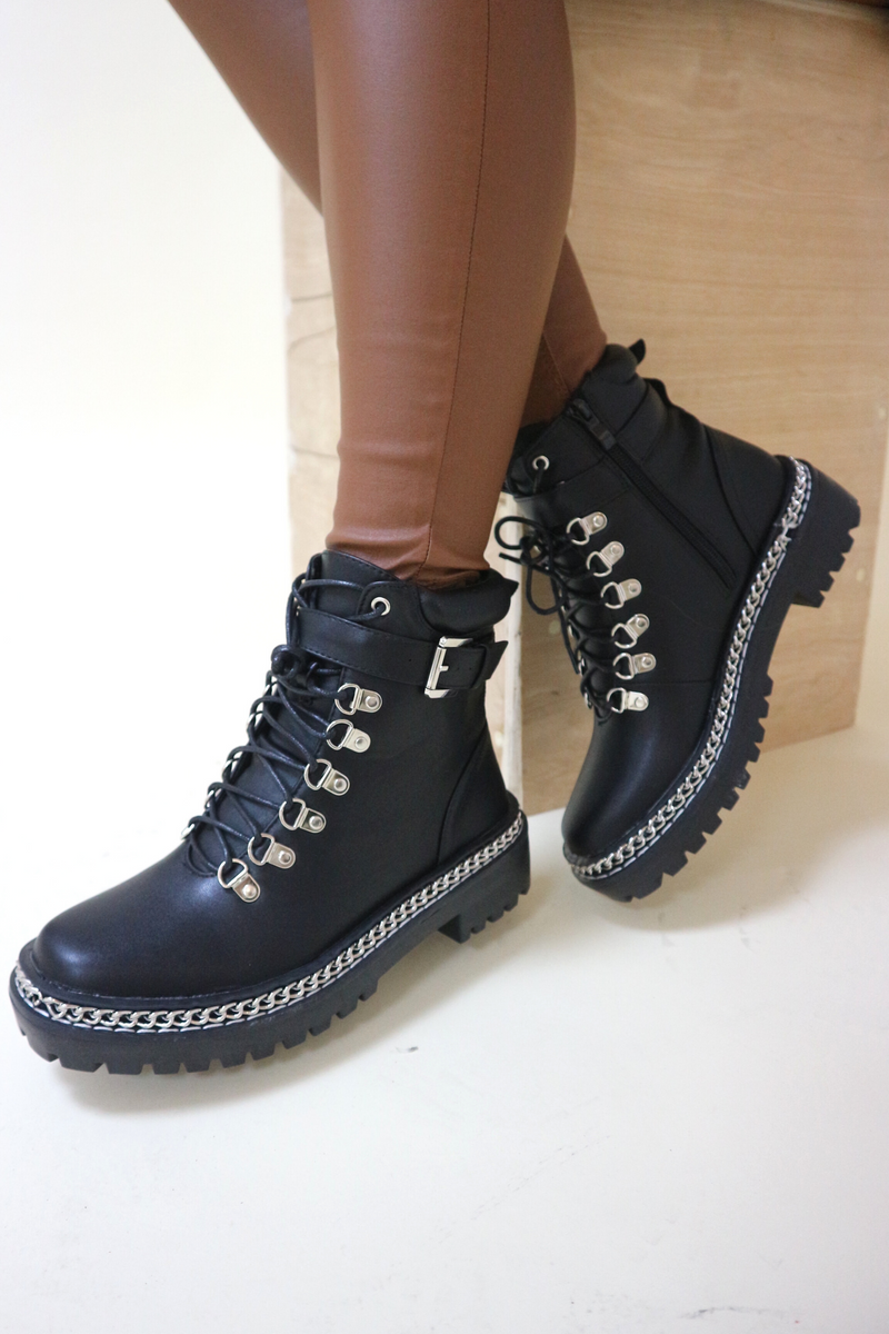 Black chain matte ankle boots