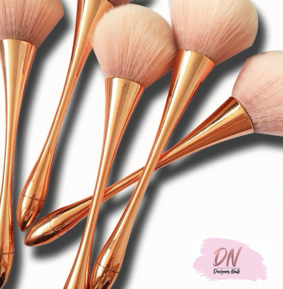 Rosegold manicure brush