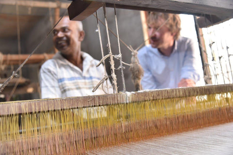 manoli - Vishnu at the handloom