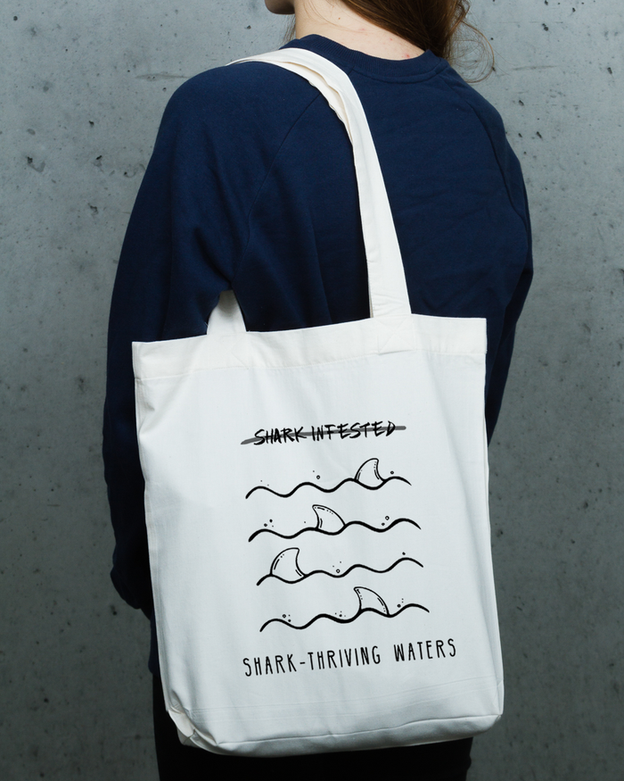 Shark Thriving Waters - Totebag