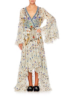 THE BUTTERFLY EFFECT WRAP DRESS W BELL SLEEVES