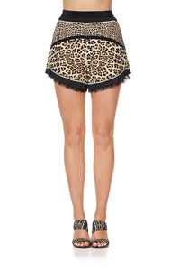 HIGH WAISTED FLARE SHORT SEX KITTEN